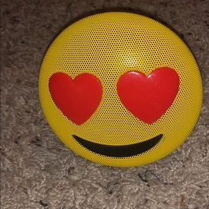 Emoji speaker!😍